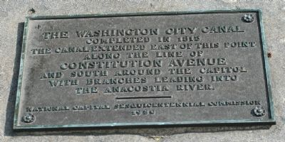 The Washington City Canal Marker image. Click for full size.