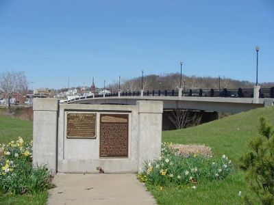 The Marker and the Third Sixth Street Bridge image. Click for full size.