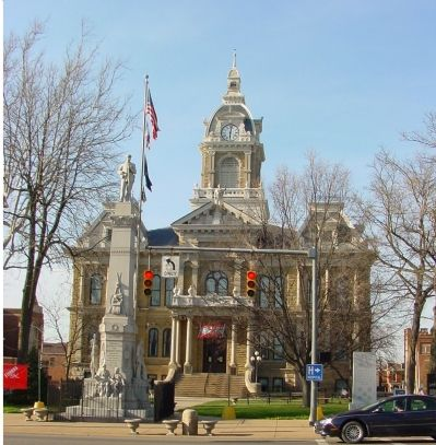 Memorial and Courthouse image. Click for full size.