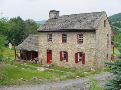 Old Stone Tavern image. Click for full size.
