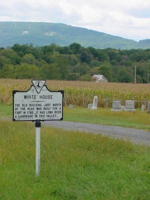Marker With White House In the Distance Photo, Click for full size