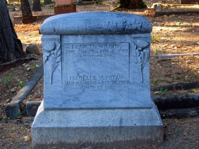 Wilson-Votaw Tombstone Photo, Click for full size