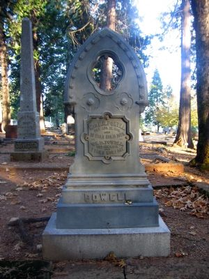 Powell Tombstone Photo, Click for full size