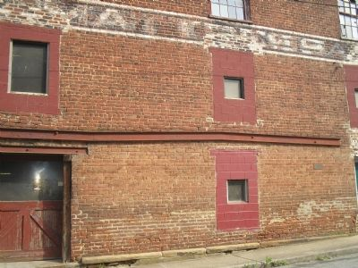 Lynchburg Tobacco Factory image. Click for full size.