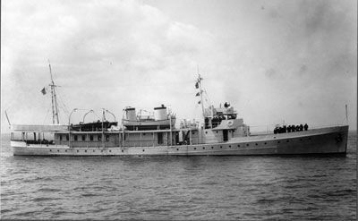 The Presidential Yacht, U.S.S. Potomac Photo, Click for full size
