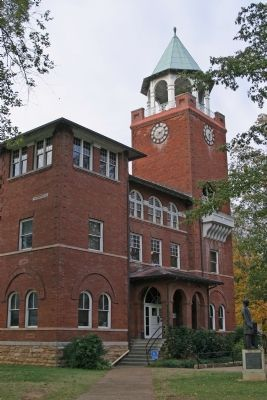 Rhea County Courthouse, Site of the The Scopes Trial image. Click for full size.