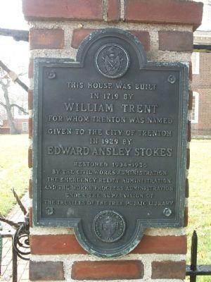 Marker next to the entrance gate of the Trent House. image. Click for full size.