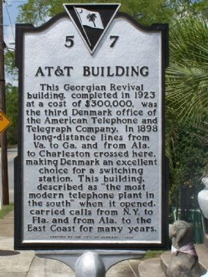 AT&T Building Marker Photo, Click for full size