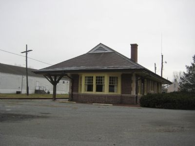 Laurel Train Depot Photo, Click for full size