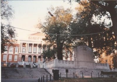 Back of memorial, Massachusetts State House in rear of picture. image. Click for full size.