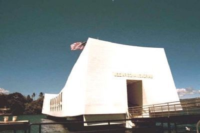 USS Arizona Memorial Photo, Click for full size