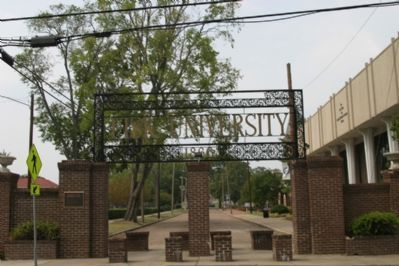 Entrance to Fisk University on 17th Avenue image. Click for full size.
