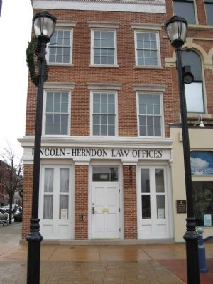 Front of Lincoln-Herndon Law Offices Photo, Click for full size