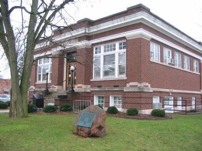 Knightstown Public Library image. Click for full size.