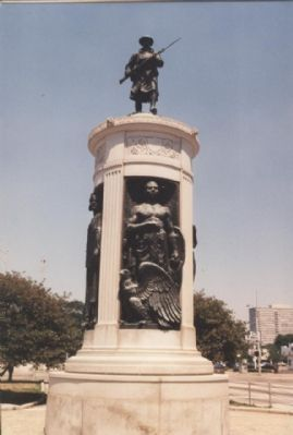 Victory Monument, seen from the south Photo, Click for full size