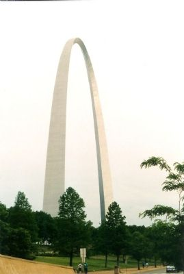 Gateway Arch Photo, Click for full size