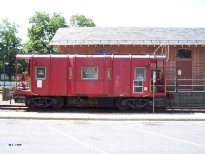 "Baltimore & Ohio Railroad ""Wagontop"" Bay Window Caboose 2490 image. Click for full size."