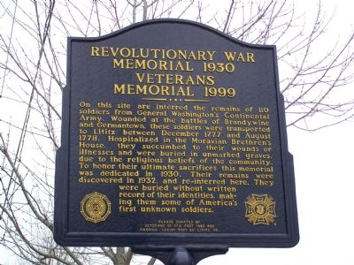Revolutionary War Memorial 1930 Veterans Memorial 1999 Marker image. Click for full size.