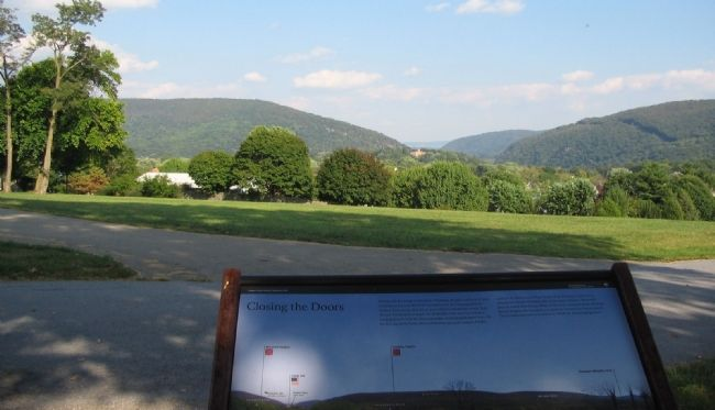 View of Maryland and Loudoun Heights from the Marker image. Click for full size.