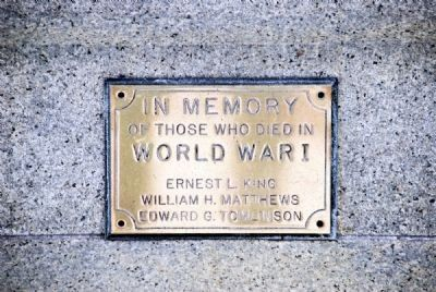 Smaller Plaque on Monument Front image. Click for full size.
