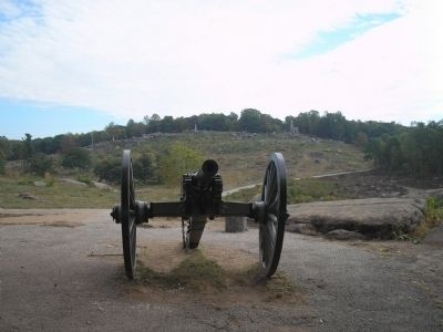 Little Round Top from Devil's Den Photo, Click for full size
