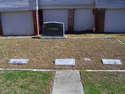 Smalls Grave site at Tabernacle Baptist Church image. Click for full size.
