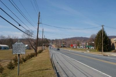 Marker on the National Road, looking west image. Click for full size.