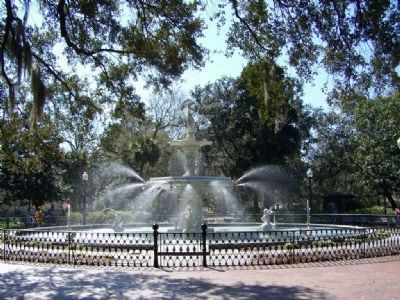 Forsythe Fountain Photo, Click for full size