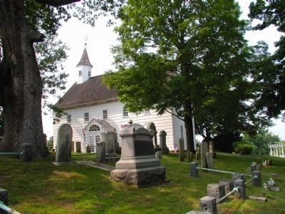 Old Tennant Church and cemetery image. Click for full size.