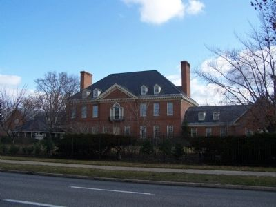 Governor's Residence from Front Street. image. Click for full size.