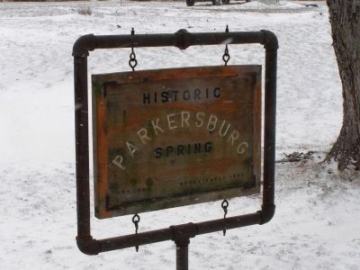 Historic Parkersburg Spring sign image. Click for full size.