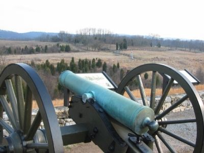 Cannon, Markers, and Monuments image. Click for full size.