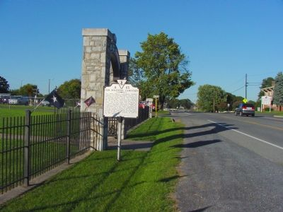 Marker at Entrance to Cemetery image. Click for full size.