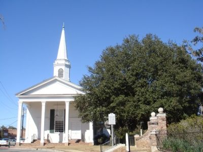 Kingston Church and Marker image. Click for full size.