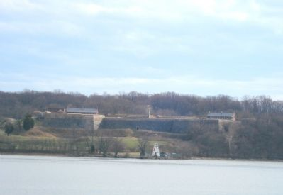 Fort Washington in Maryland, from the Virginia Side of the Potomac image. Click for full size.