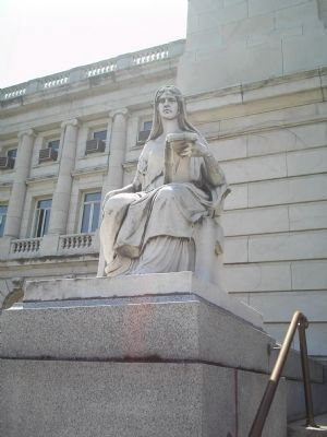 Statue on Court House Steps Photo, Click for full size