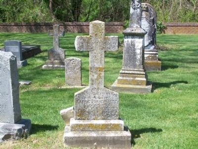 Grave stones in Emmanuel Cemetery image. Click for full size.