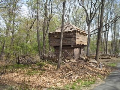 Blockhouse at Fort Lee image. Click for full size.