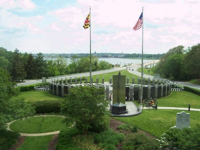 The Maryland World War II Memorial, seen from the Governor Ritchie overlook. image. Click for full size.