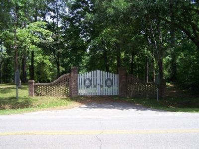 Cemetery gate Photo, Click for full size