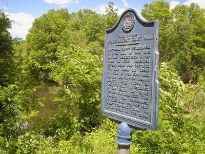 Marker at the Hackensack River image. Click for full size.