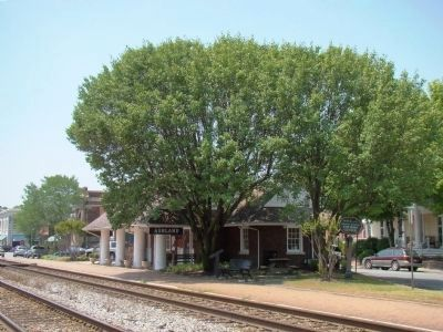 Ashland Station and Marker image. Click for full size.