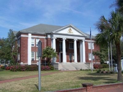 Jasper County Courthouse located in Ridgeland image. Click for more information.