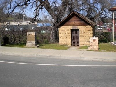 Lower Lake Stone Jail and Marker image. Click for full size.