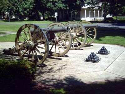 Cannon Replicas image. Click for full size.