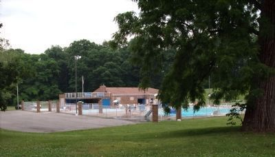 Ravine Park Swimming Pool. image. Click for full size.