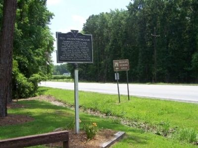 Old Jacksonborough Marker on US 17, looking North image. Click for full size.
