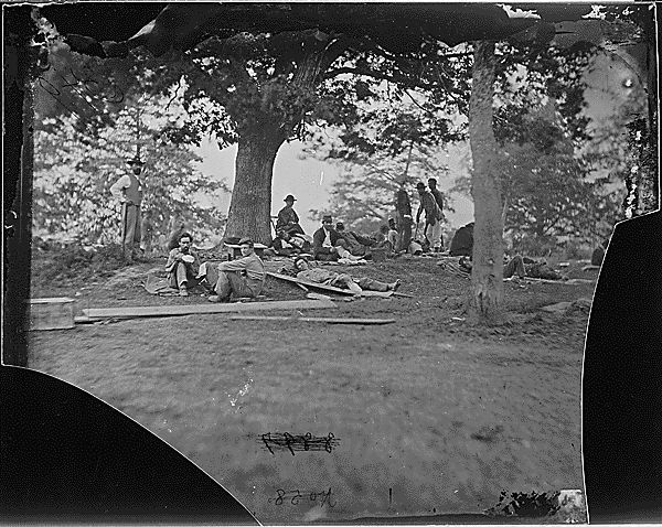 Wounded Soldiers at Marye's Heights image. Click for full size.