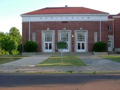 Franklin Academy Building Auditorium and Marker image. Click for full size.