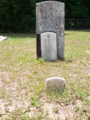 Tarlton Brown headstone, reverse side image. Click for full size.